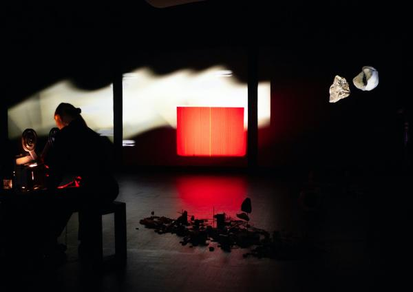 Photo from Verdensteatret's production Trust Me Tomorrow (2020)